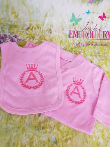 BIB AND BABY GRO SET